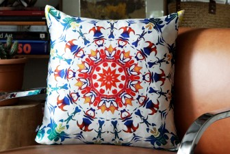 0015-printed-silk-twill-pillow