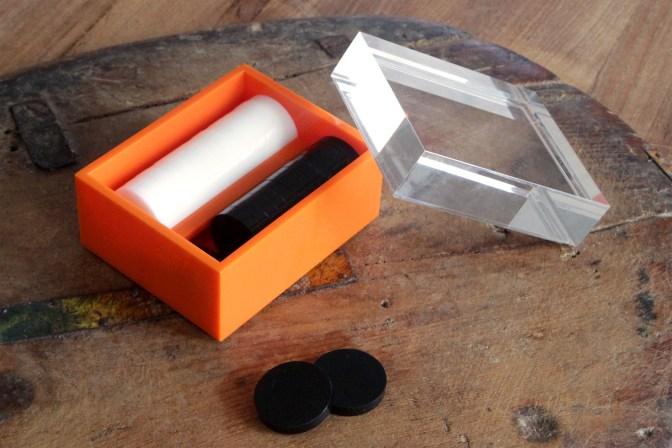 0032-acrylic-backgammon-box