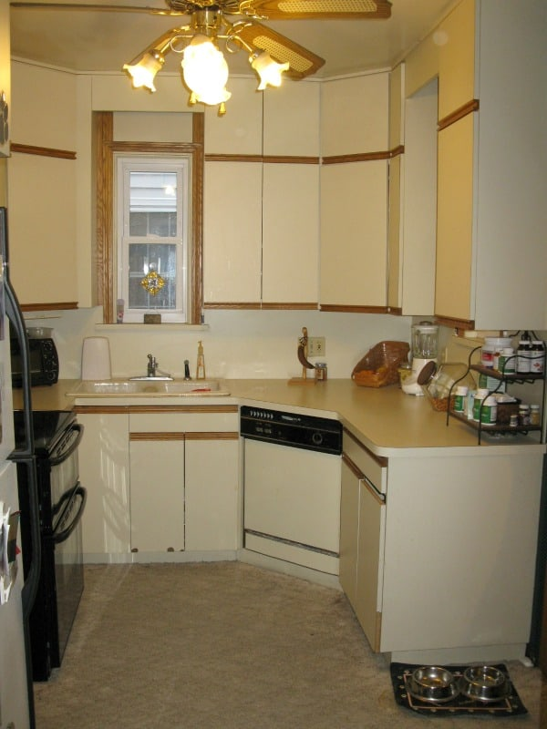Remodeling the Kitchen~ Before pictures