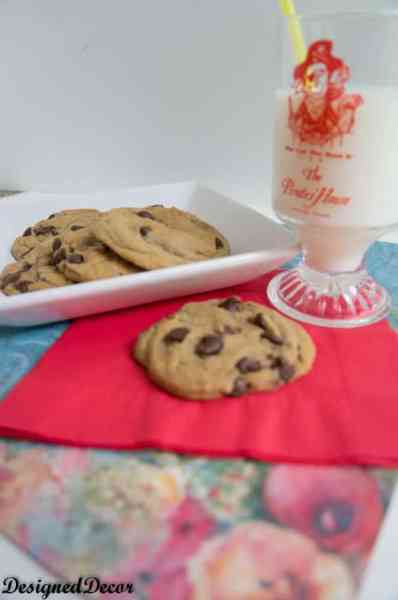 Chewy Chocolate Chip Cookies-9