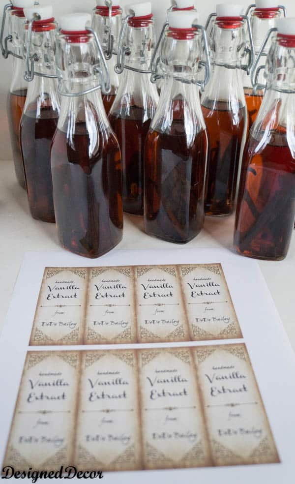 make labels to give vanilla extract as gifts