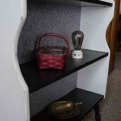 A Floor Shelf Makeover!