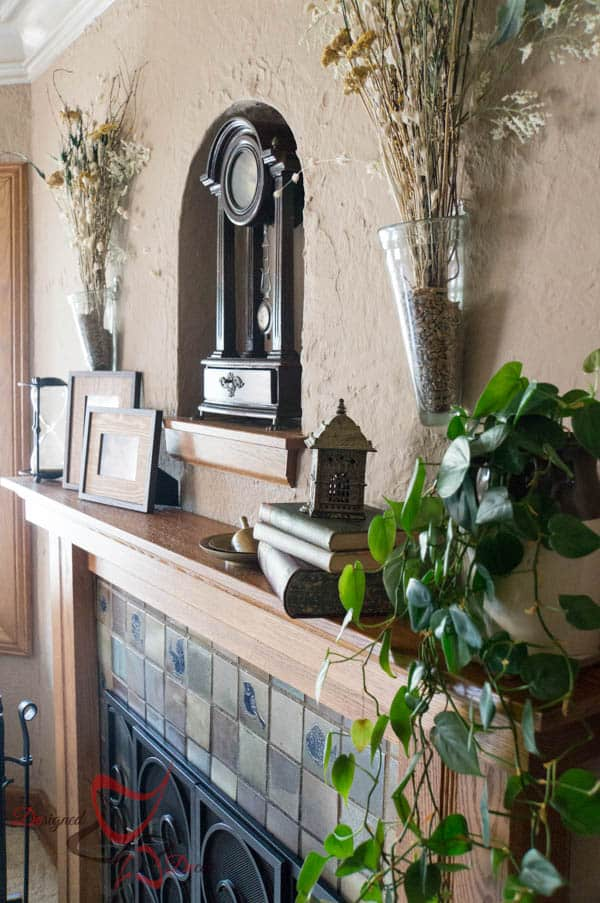 House Tour ~ Living Room- Decorating the Mantel