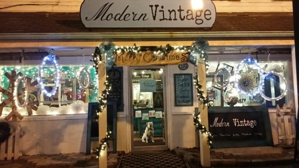 Modern Vintage, Hartville, OH Lighted Hanging Rings