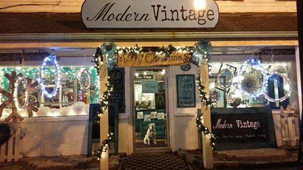 Modern Vintage, Hartville, OH Lighted Hanging Rings