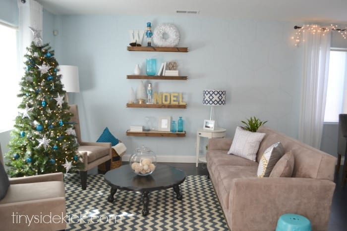winter-wonderland-living-room