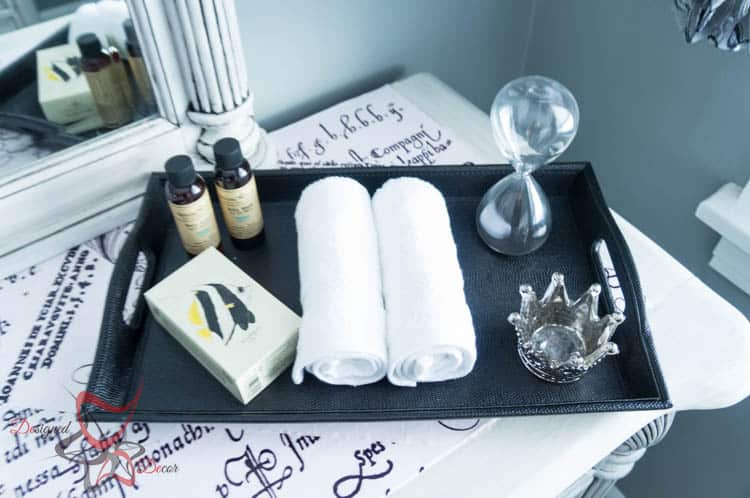Pamper your guests in a Guest Bedroom Makeover-