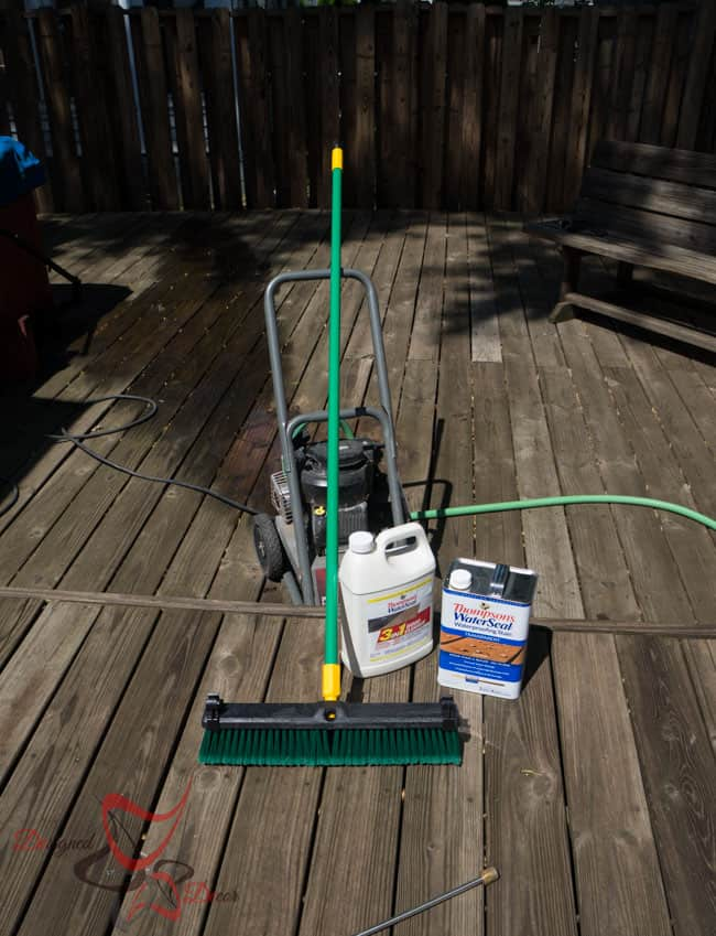 How to Clean and Stain a Deck - Thompson's WaterSeal-2