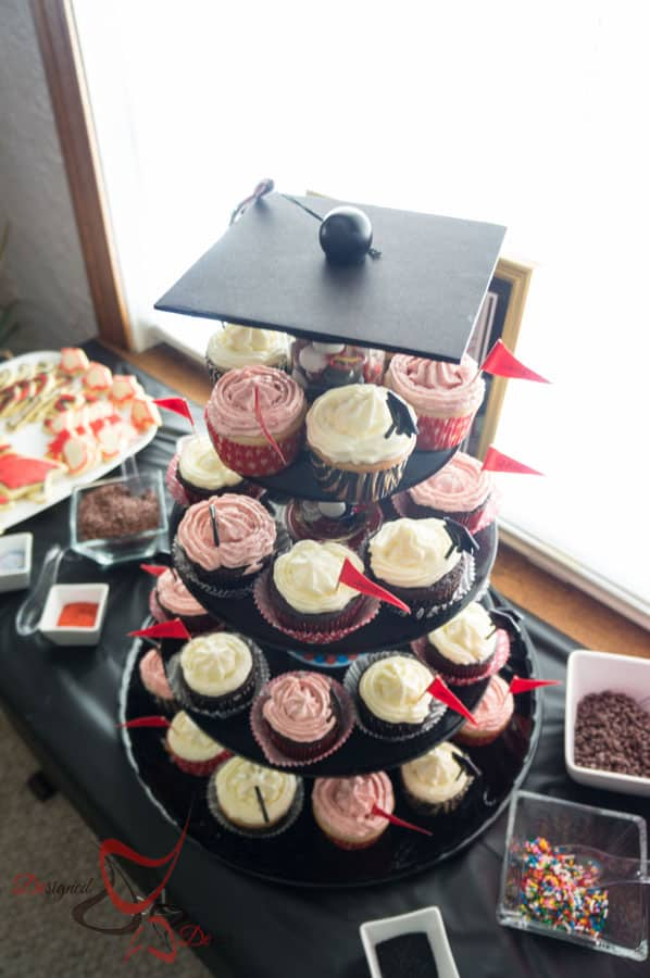 Graduation Party Planning- DIY-CupCake Stand-Table Decorations-Photo Booth-6