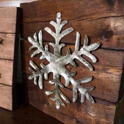 DIY Rustic Holiday Decor!