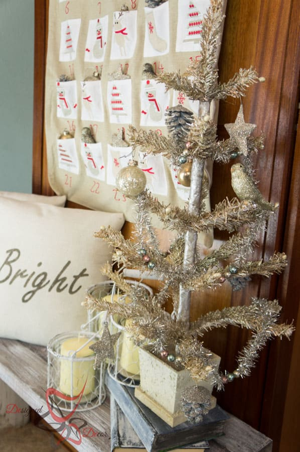 So Sew Easy Pillow Cover- DIY- Stenciled Fabric - Advent Calendar (21 of 27)