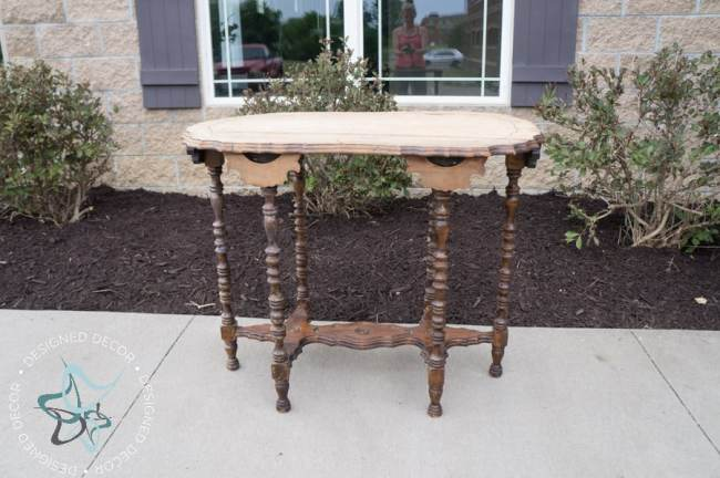 antique-oval-scalloped-side-table-1