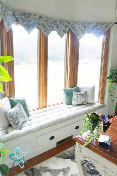 tufted window seat bench