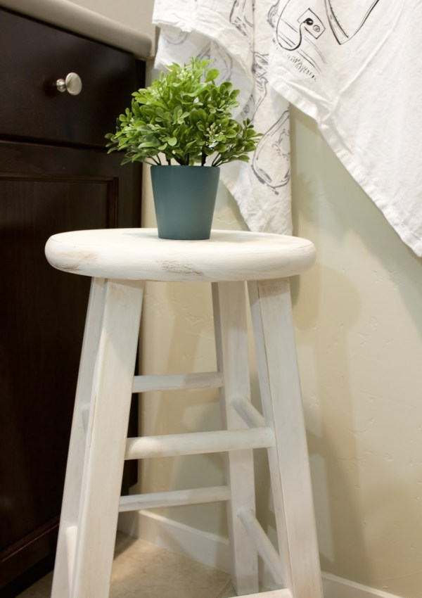 Thrifted Stool Makeover