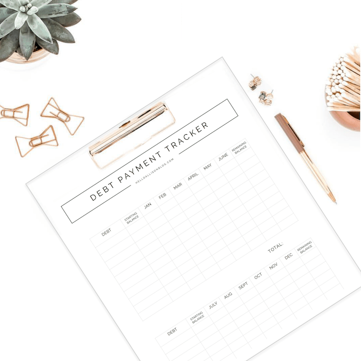 10 Tips for Paying Off Debt + a FREE printable! | designedsimple.com