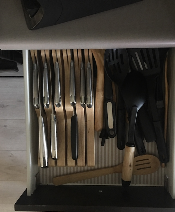 10 Days to an Organized Clutter Free Home | Organizing the Kitchen | designedsimple.com
