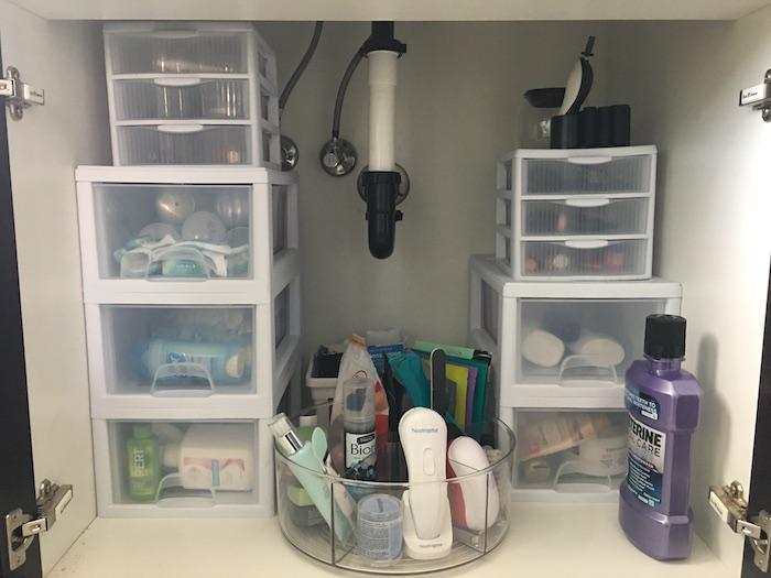 10 Days to an Organized Clutter Free Home | Organize Bathroom Storage | designedsimple.com