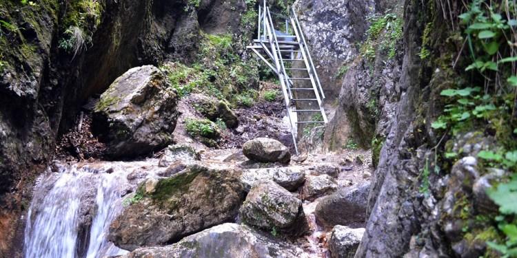 Excursie de o zi la canionul 7 scări