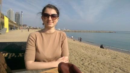 Cafea pe plaja Barceloneta