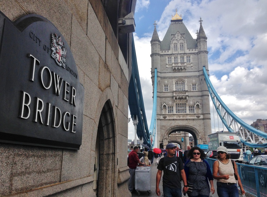 Cât costă o vacanță la Londra - Tower Bridge