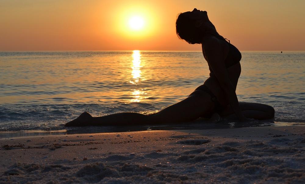 Răsărit de soare la Marble Beach