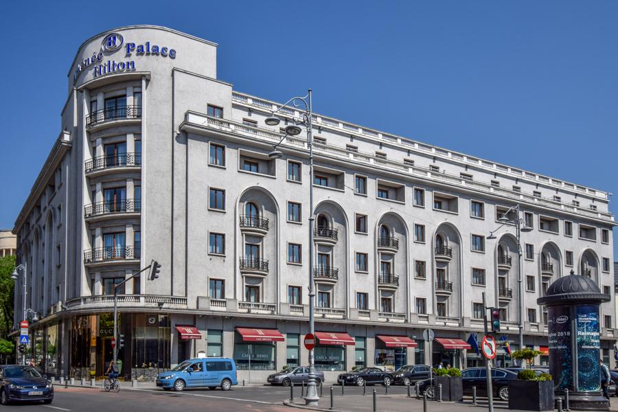 La pas pe Calea Victoriei - obiective în București - Athenee Palace Hilton