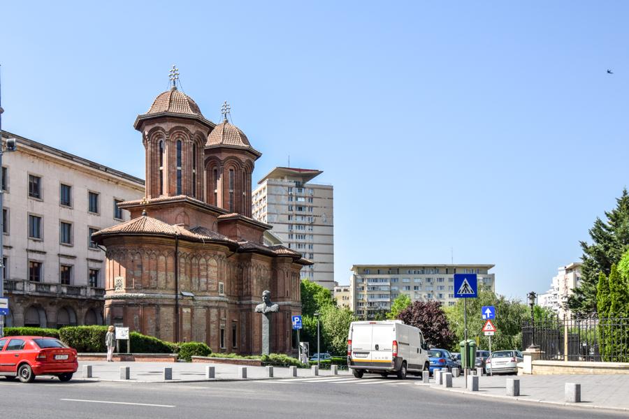 La pas pe Calea Victoriei - obiective în București - Biserica Kretzulescu