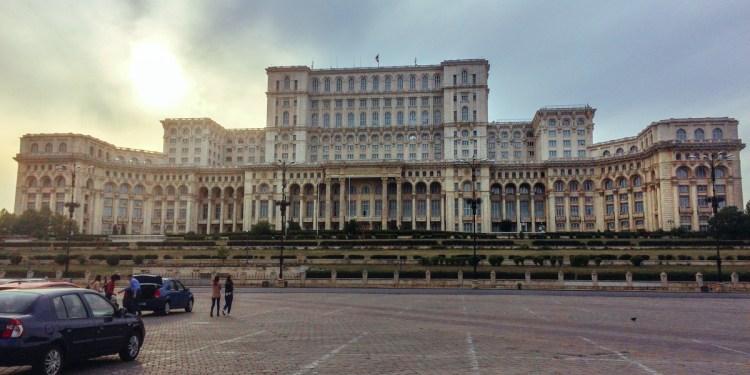 Arhitectura și puterea: cum s-a schimbat Bucureștiul în secolul 20