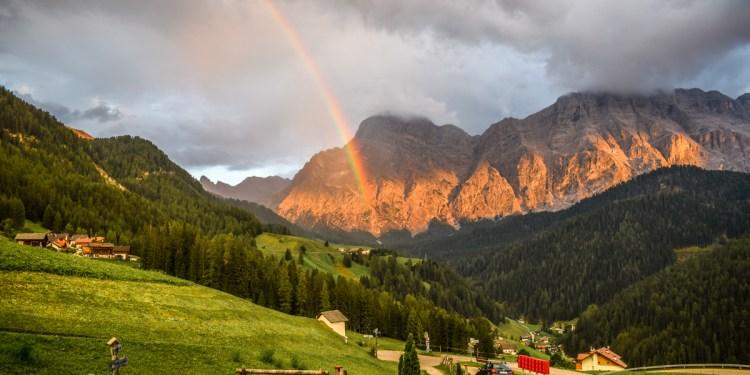 10 motive pentru a merge vara în vacanță în Dolomiți