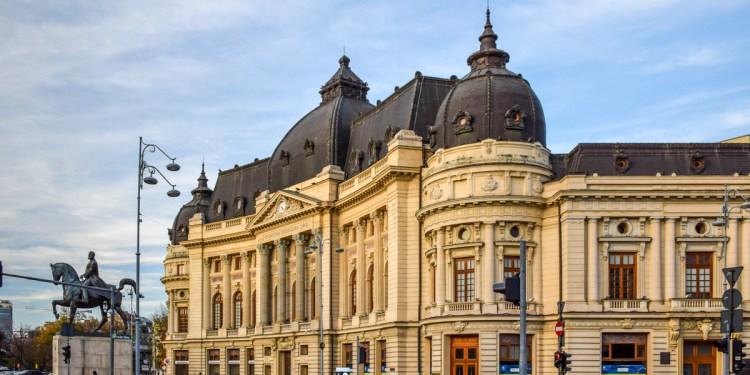 Tururi ghidate în București – povești din orașul contrastelor