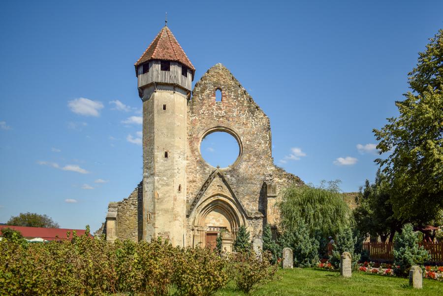 Abația cisterciană Cârsta - Biserici Fortificate din zona Sibiu