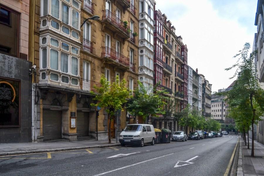 Top 10 obiective de vizitat în Bilbao, Spania - cartierul Abando