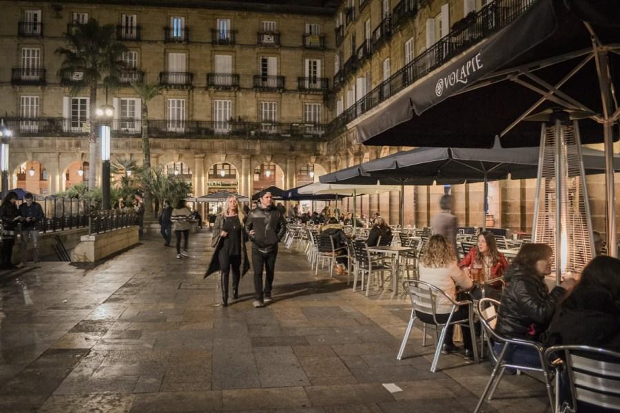 Top 10 obiective de vizitat în Bilbao, Spania - Plaza Nueva