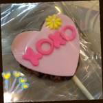 xoxo, hugs and kisses heart shaped cookie pop