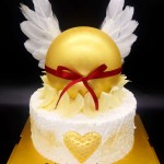 Wings Ball Surprise With Cake