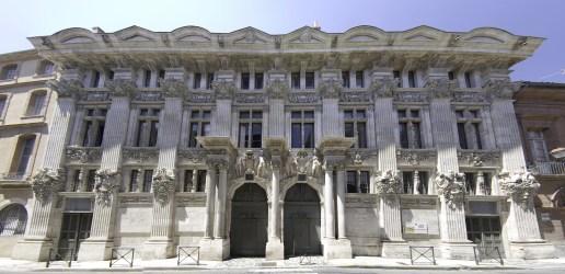 architecture rococo xv louis regence le toulouse hotel batiment pierre bagis designergirlee renaissance french period garonne haute example palais