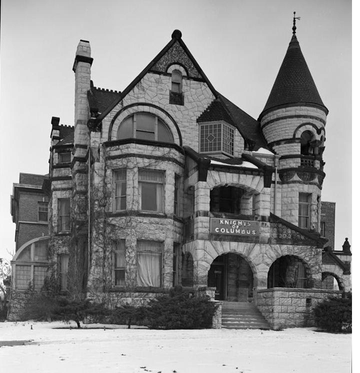 Romanesque Revival Richardsonian Romanesque  DesignerGirlee