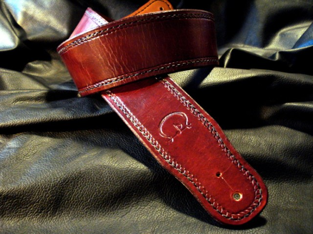 Our handcrafted straps are made in the USA. Std CT Artisan Guitar Strap featuring Half Herringbone Border and Hand Stitching