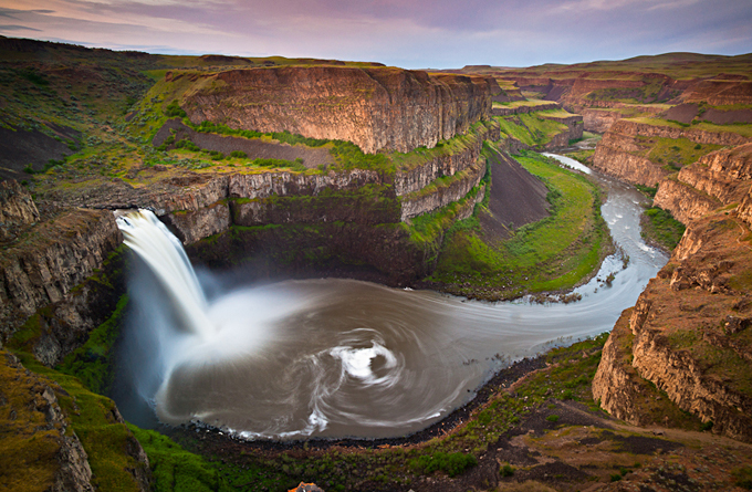 waterfalls-around-the-world