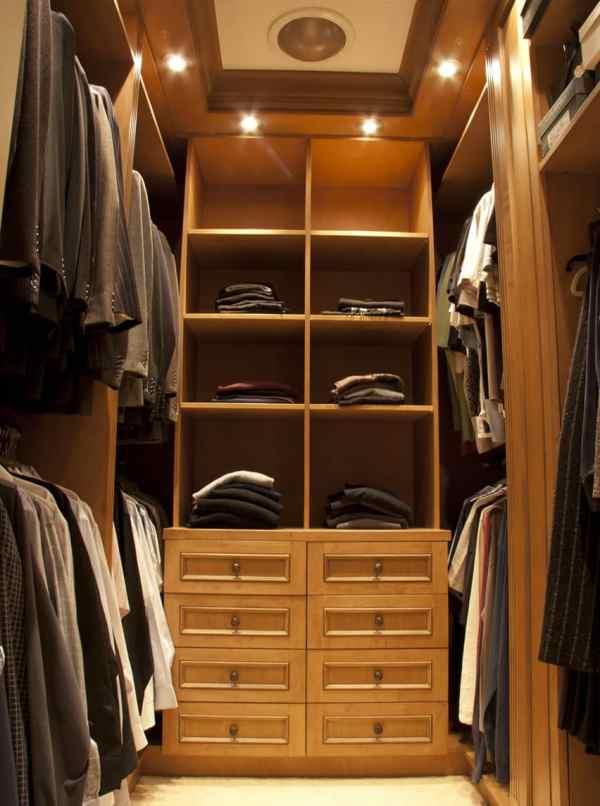 Luxury Walk-In Closet Design Ideas