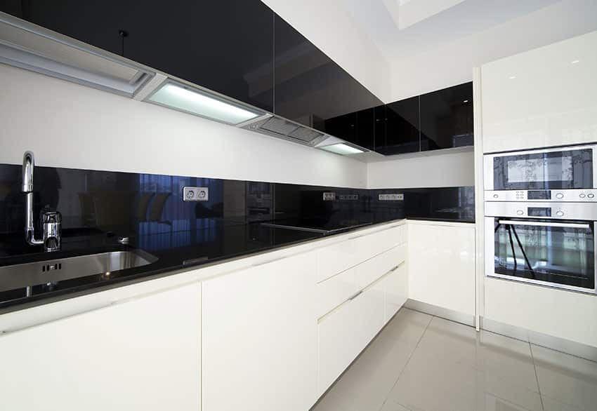 L Shaped Eat Kitchen