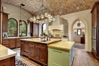 25 Beautiful Spanish Style Kitchens (Design Ideas ...