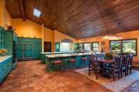 25 Beautiful Spanish Style Kitchens (Design Ideas ...