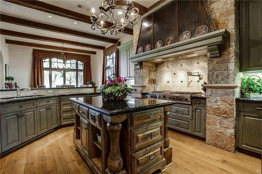 35 Luxury Kitchens With Dark Cabinets Design Ideas