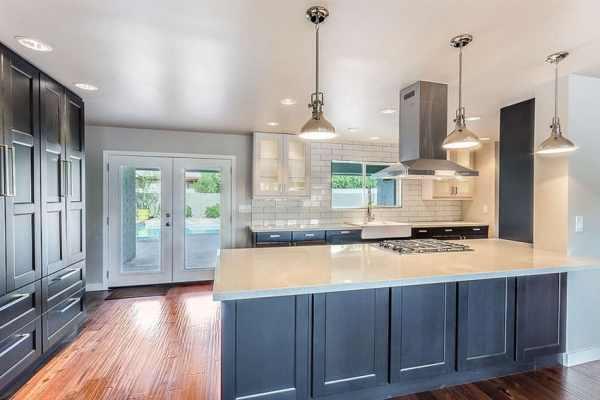 white kitchen cabinets blue countertops 33 Blue and White Kitchens (Design Ideas) - Designing Idea
