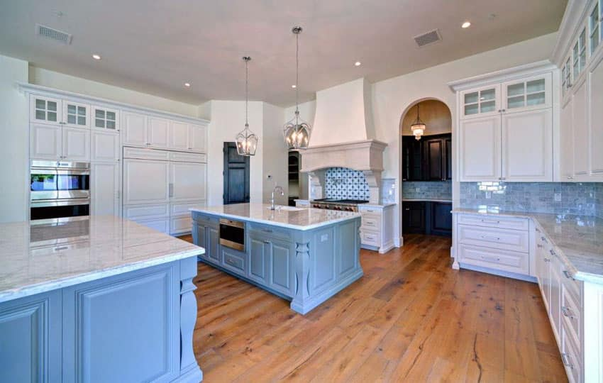 small lamps for kitchen counters rustic island 25 blue and white kitchens (design ideas) - designing idea