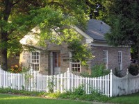 Picket Fence Designs (Pictures of Popular Types ...