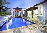 29 Amazing Modern Swimming Pool Designs