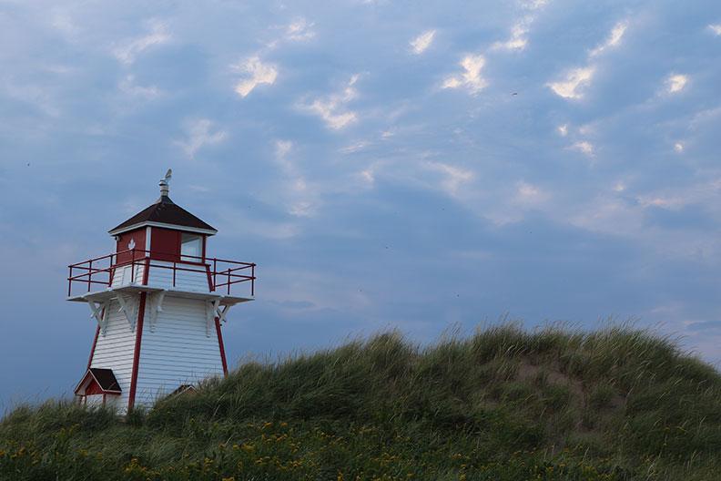 pei beach lighthouse