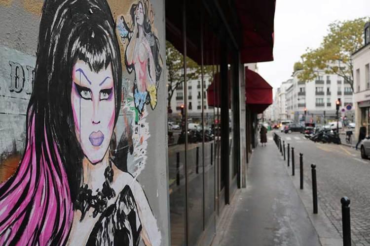 Queens Paris graffiti art